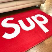SUP Sneaker Gulvmåtte i Rød 80 x 120cm
