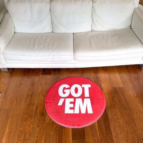 Got Em Circle Sneaker Gulvmåtte i Rød Ø80 cm