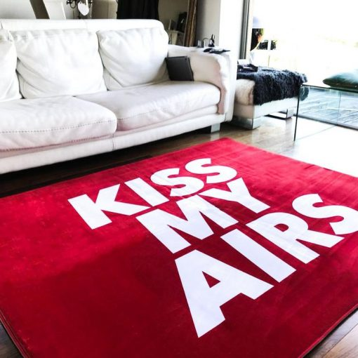 Kiss My Airs Sneaker Gulvmåtte i Rød 160 x 200 cm